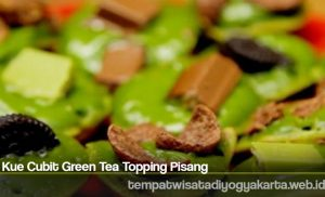 Kue Cubit Green Tea Topping Pisang